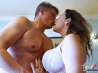 AgedLovE Bussinesman Seduced by molten Mature mommy porn video