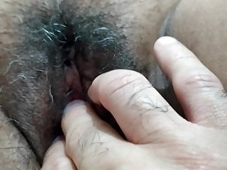 Masturbando a mi esposa sex video
