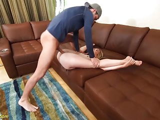 Real flexi gal katie kush drilled sex tube
