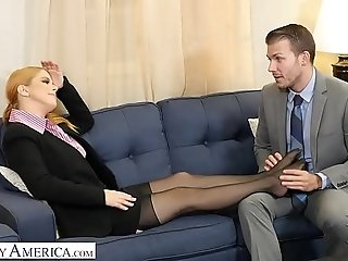Mischievous America - Penny Pax gives her intern a pulverize of his life best porn