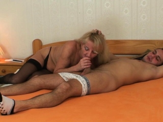 Elder blond granny in pantyhose rails youthfull manhood freesex