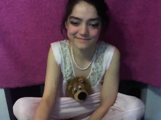 Brown-haired bed web cam Solo joy tugging freesex