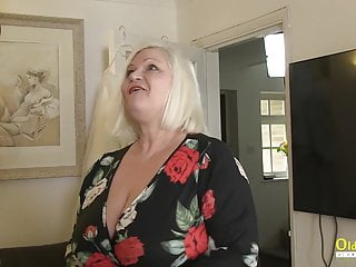 OldNannY brit Mature With thick milk cans in Main Role sexvideo