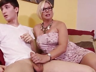 Mature hand job sex video