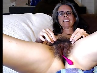 Furry cooch and underarms mature frigging porn video